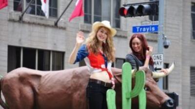 Una de las razones de ser del Rodeo Houston es recaudar dinero que se tr...