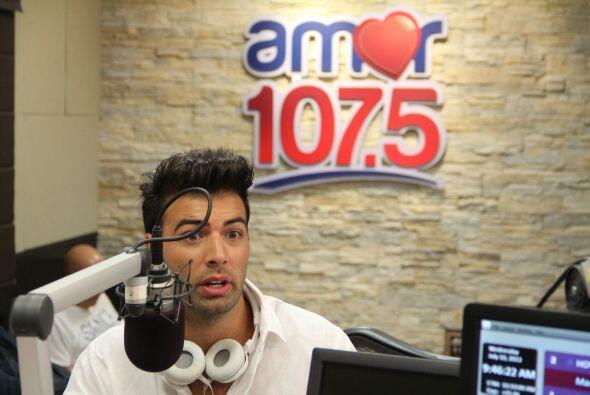 El cantante Jencarlos Canela nos visitó con su buena onda y nos comparti...