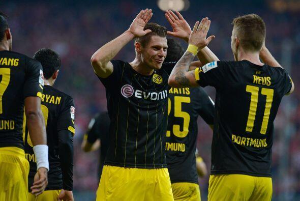 11. Borussia Dortmund (Alemania) 261.5 millones de euros en ingresos dur...
