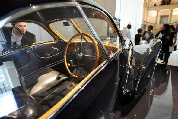 Bugatti 57 S(C) Atlantic of 1938.