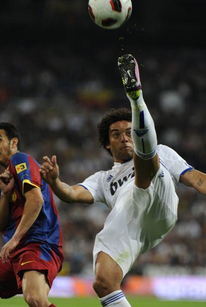 Marcelo estuvo muy atento todo el primer tiempo.