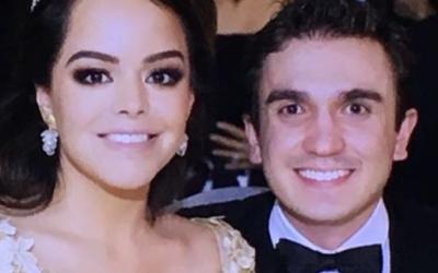 Miguel Pérez y su novia
