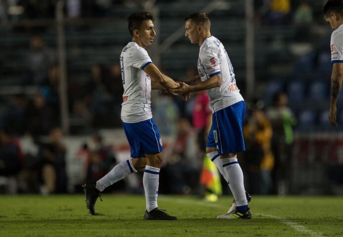 La fiesta de la victoria de Cruz Azul en su amistoso contra Porto 201707...