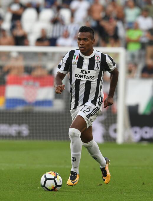 18. Alex Sandro (Juventus F.C.) - 2,8 millones de euros