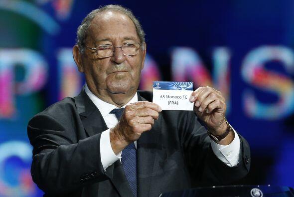 Paco gento, jugador de las míticas 6 primeras Copas del Madrid sacó los...