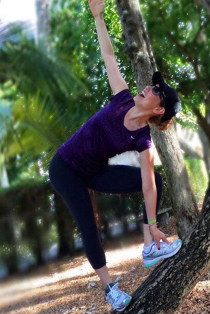 Finalmente tenemos a la 'master' de  'master' en yoga, la bellísima Thal...