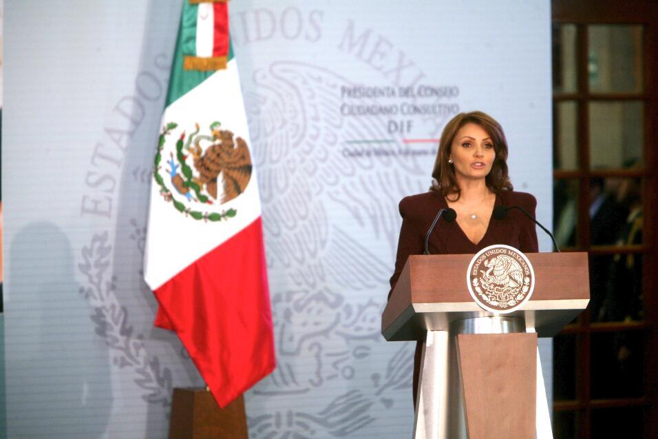 La novia de José Eduardo Derbez es súper fan de Victoria Ruffo ADYCA40.jpg