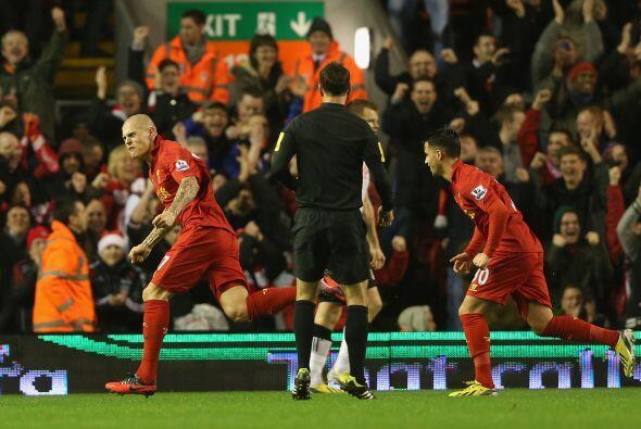 Los 'Reds' golearon por 4-0 y Skrtel convirtió el primer tanto a los 'Co...