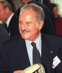 Carlos Fuentes fue un reconocido escritor mexicano de novelas y ensayos....