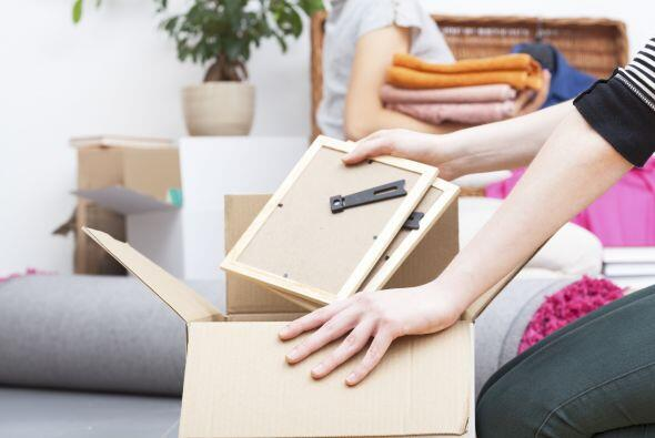 Una vez que estés en tu nuevo hogar empieza a desempacar los artículos e...