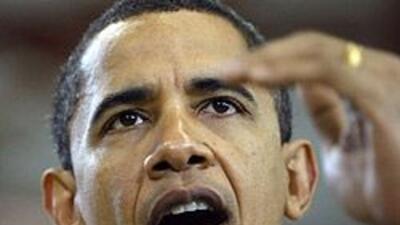 """El Departamento de Estado despidió a dos empleados por revisar """"de maner..."""