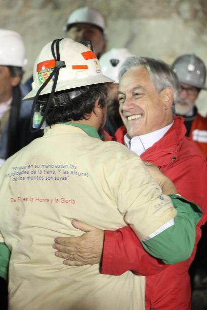 """""""Estamos muy orgullosos de ustedes"""" respondió Sebastián Piñera quien agr..."""