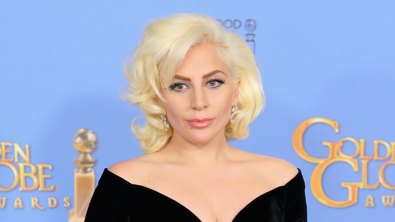 Expectativa por lo que usará la cantante, así recibió el Golden Globes.