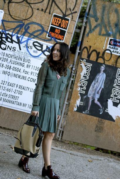 Este vestido es ideal para el clima templado. Si hace más fr&iacu...