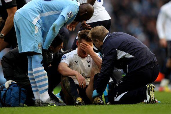 Mancini dejó entre los suplentes a Balotelli durante un Manchester City-...
