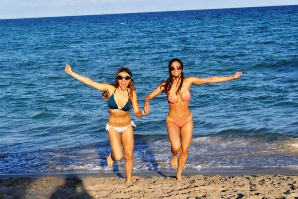 Las chicas de Nuestra Belleza Latina se escaparon a la playa y deleitaro...