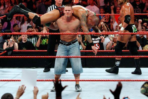 A lo largo de su carrera, Cena ha obtenido nueve campeonatos Mundiales:...