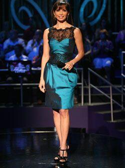 La mayoría de los vestidos han logrado que Blondet luzca un cuerpo curvi...
