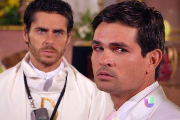 Y Diego sólo puede ver a la que parece la culpable de sus males.