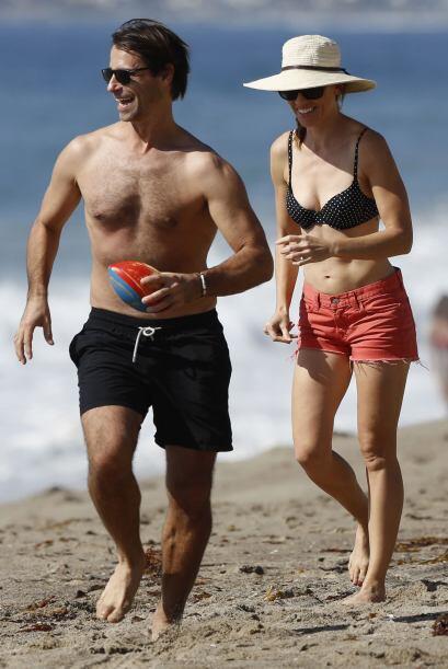 Con quien disfrutó un rico y caluroso día de playa.