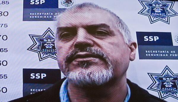 Eduardo Arellano Félix, alias 'El Doctor', al ser presentado a l...
