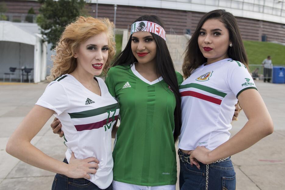 Lindas fans de la Copa Oro 2017 20170713_2672.jpg