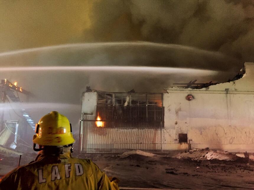 Se cree que un generador de gasolina podría ser el causante del incendio