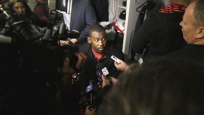 El apoyador de los 49ers sigue con problemas extra cancha (AP-NFL).