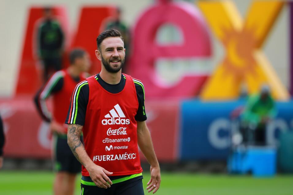 Brasileño Fred se ofrece al City y elogia a Guardiola gettyimages-857638...