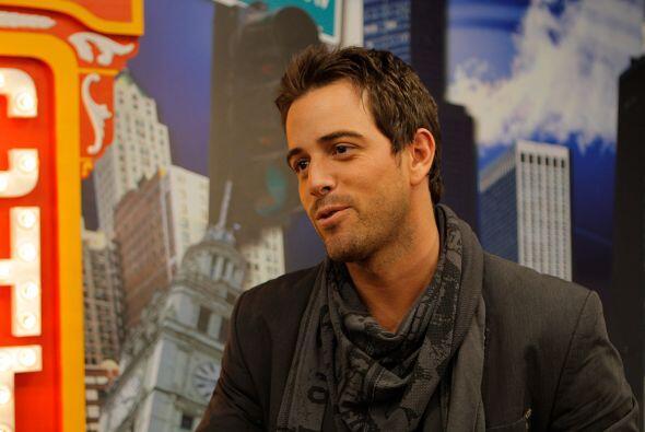 El actor y cantante mexicano Mané de la Parra compartió la tarde con los...