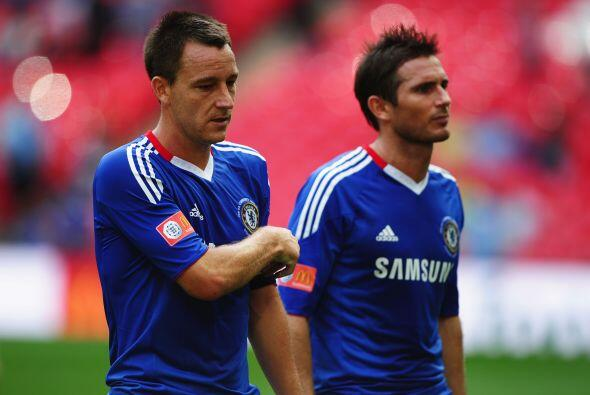 Líderes del Chelsea como Terry y Lampard no podían creer que cayeron.