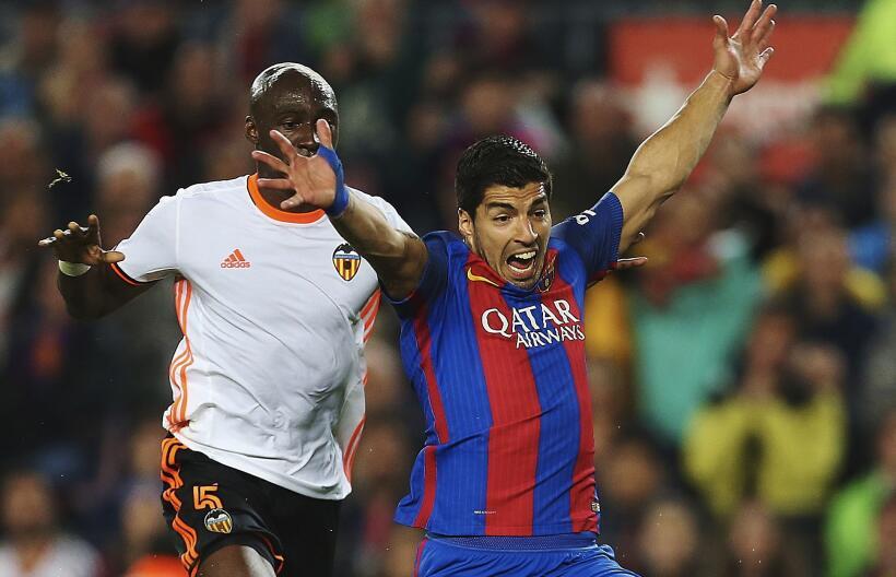Messi y Suárez mantienen al Barcelona al acecho del Madrid 6362555662999...
