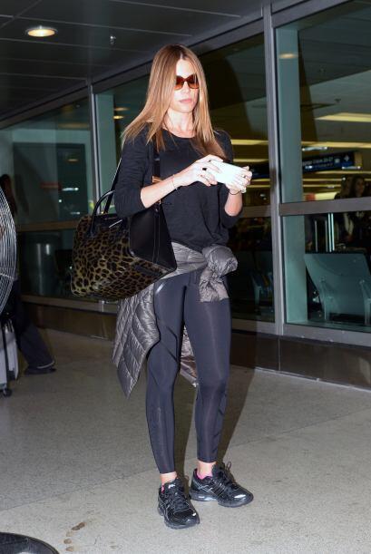 Encontramos a Sofía Vergara llegando al aeropuerto de Miami. Más videos...