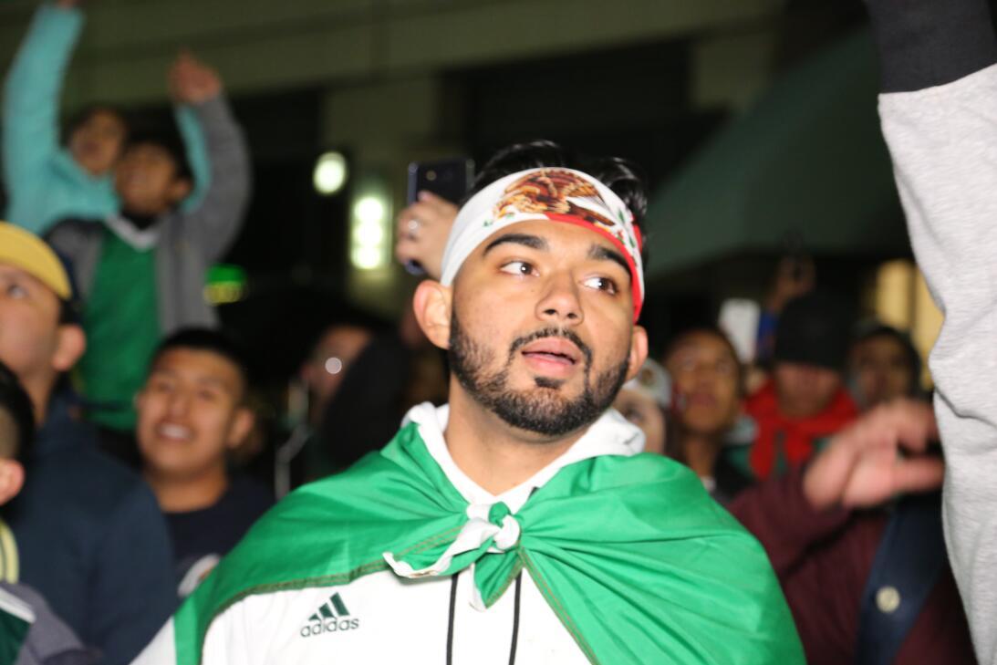 En fotos: Espectacular 'serenata' al Tri en San José avm-7692.JPG