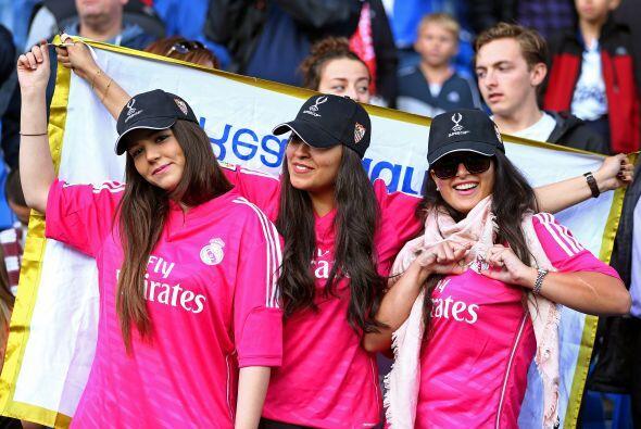 Mientras que los aficionados del Real Madrid lucían felices, ya que era...