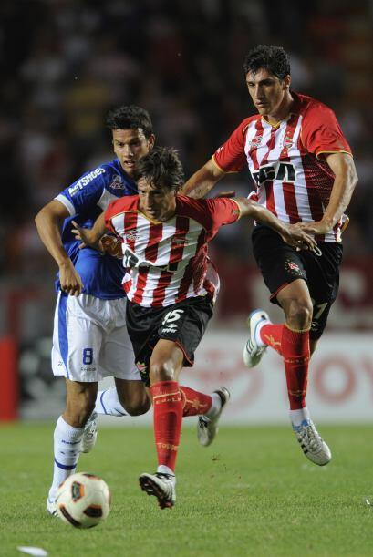 Cruzeiro propuso un juego de roce, con peligrosas marcas individuales a...