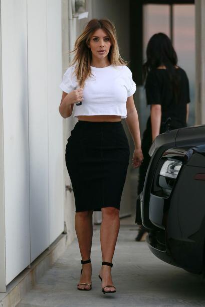 Kim le entró a la moda de los vestidos de dos piezas. La verdad es que c...