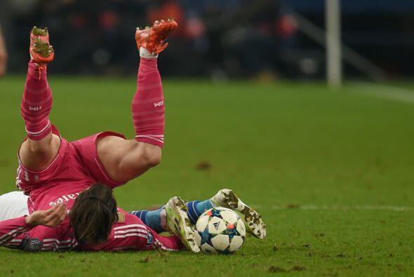 El juego fue ríspido por momentos pero unicamente Toni Kroos resultó con...