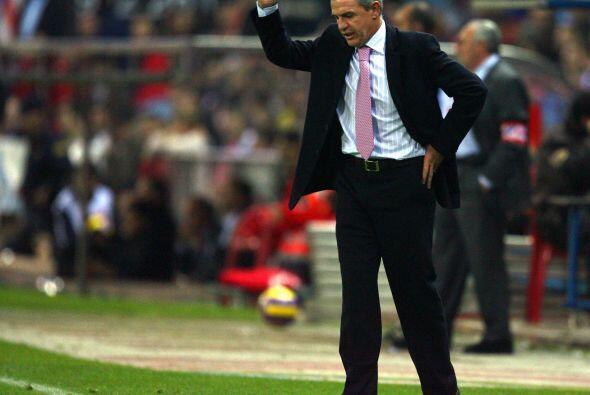 Años después el entrenador tuvo una reacción en contra de la tribuna sev...