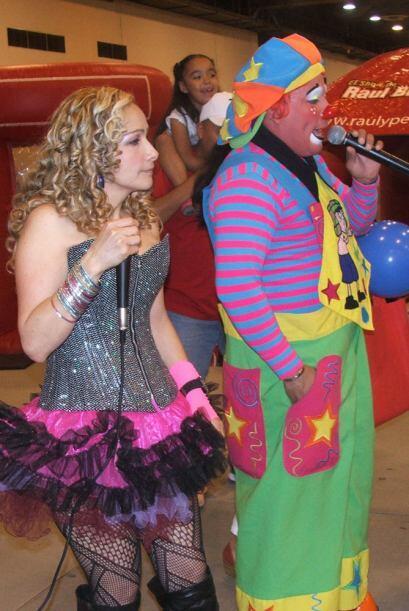 Todos estos divertidos personajes organizaron concursos de baile.