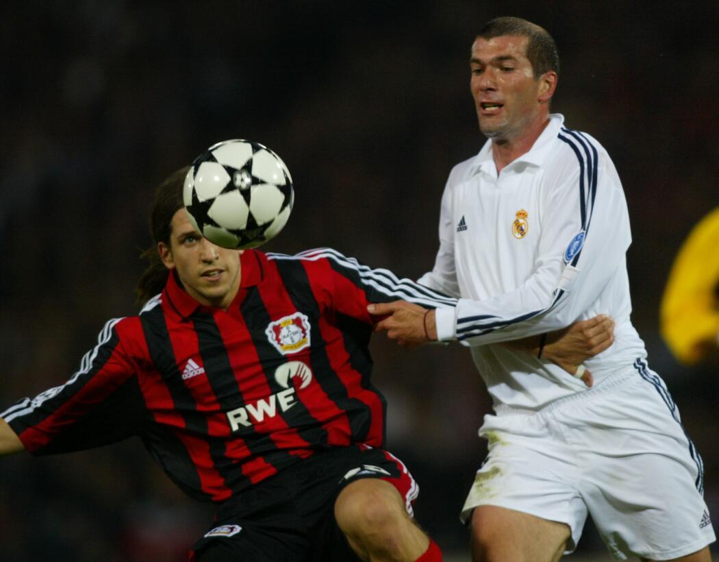 Se cumplen 15 años de la volea mágica de Zidane, el mejor gol en la hist...