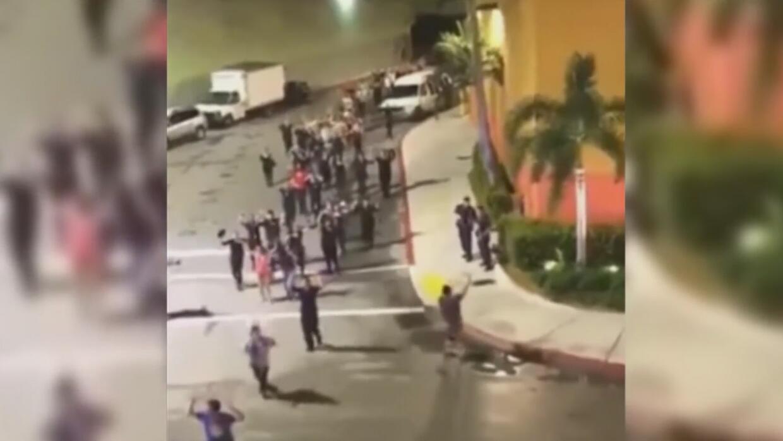 Los momentos de terror que se vivieron en el Dolphin Mall tras confuso i...