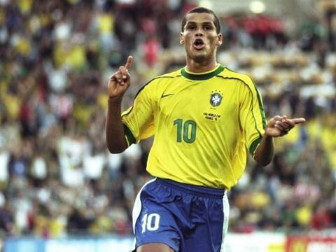 Rivaldo nació en 1972 en Pernambuco y creció en la extrema...