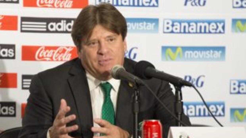 El entrenador del Tricolor piensa que el camino al Mundial 2018 vendrá a...