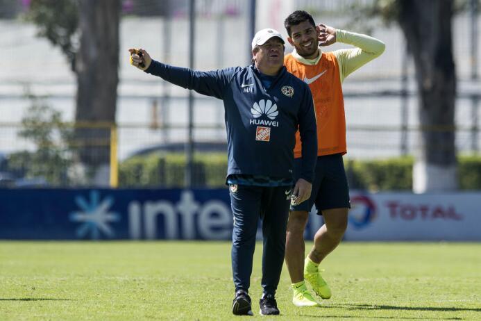 Paco Jémez y el 'Piojo' Herrera, los excéntricos técnicos del Clásico Jo...