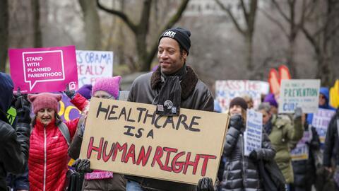 """""""La salud es un derecho humano"""". El gobierno de EEUU no puede..."""
