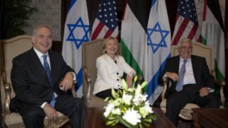 Netanyahu, Clinton y Abas se reunieron en Jerusalén.