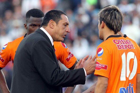 La Directiva decidió llamar a Pablo Marini, quien inició con una derrota...