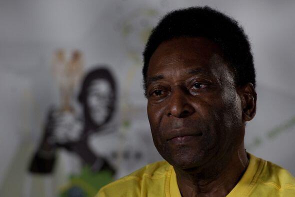 Para Pelé el presente de Estados Unidos es superior al de México, y dio...