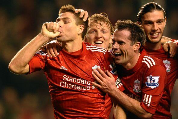 Y vaya manera de hacerlo por parte del capitán de los 'Reds', pues hizo...